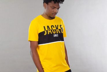 Men Yellow Printed Round Neck T-shirt